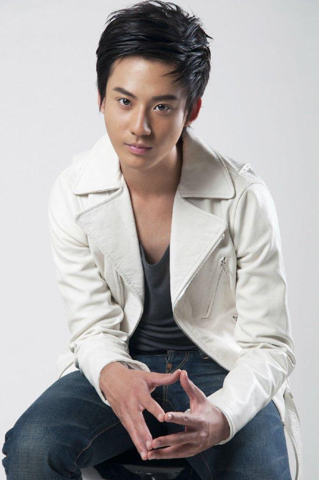赵文浩,1996年3月23日出生于山西太原,中国内地男演员,毕业于解放军