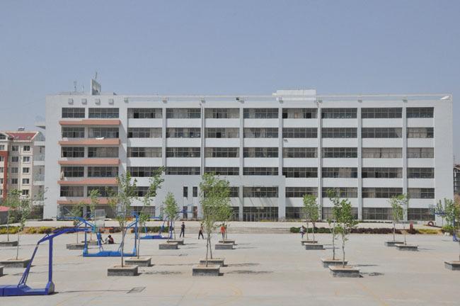 青岛恒星科技学院教学楼