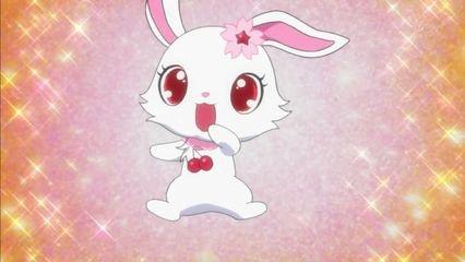 可爱的兔子外形女性宝石宠物.